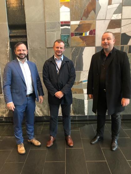 De tre nettdirektørene Øyvind Askvik i Skagerak Nett, Håvard Tamburstuen i Lyse Elnett og Ketil Tømmernes i BKK Nett.