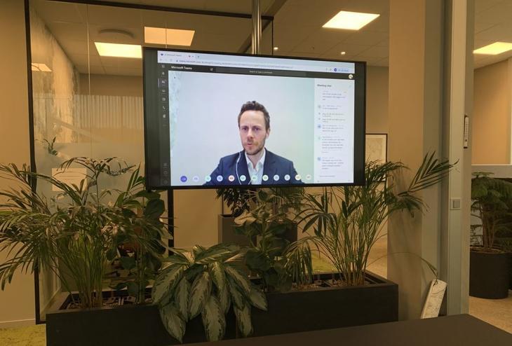 Ronny Fiuren i Forus Næringspark ledet leverandørmøtet som ble kjørt som webinar
